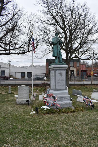 figure 01 Laurel Hill Civil War monument